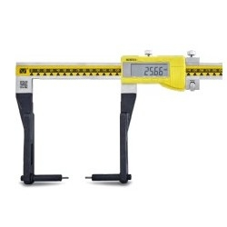 Long jaw digital caliper for external measurings